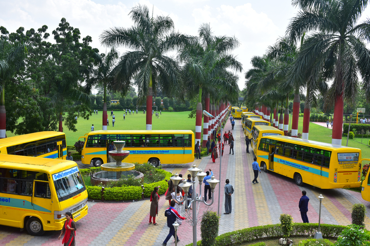 Delhi International School-Bus Facility