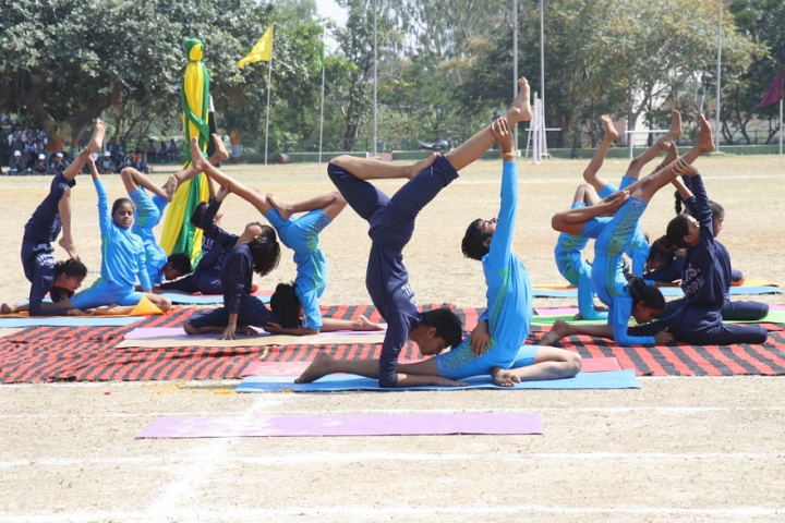 Demonstration School-Yoga