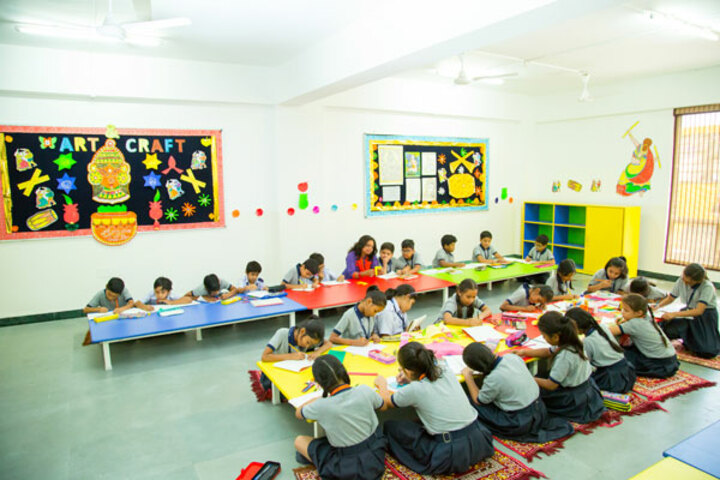 Ekayanaa School-Art Craft