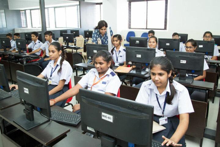 Ekayanaa School-Computer Lab