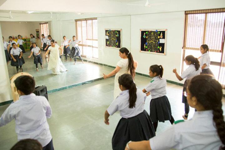 Ekayanaa School-Dance Room