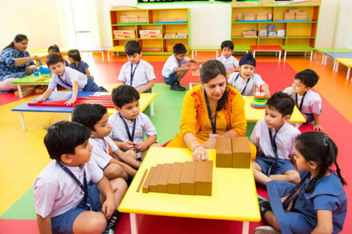 Ekayanaa School-Montessori Lab