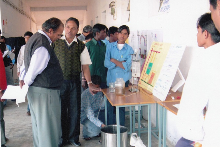 Eklavya Model Residential School-Laboratory