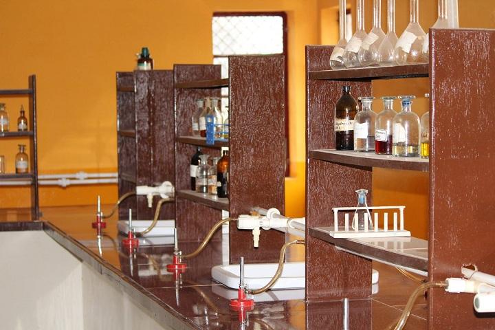 Ganesha Blessed Public School-Laboratory science