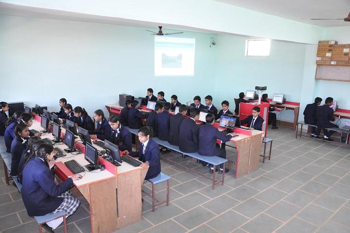 Geeta Public School-IT-Lab