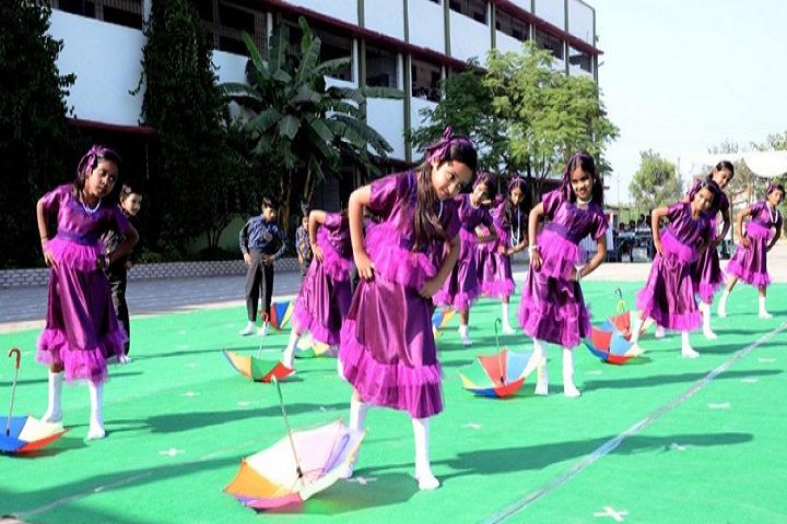 Green Valley Public School-Group Dance