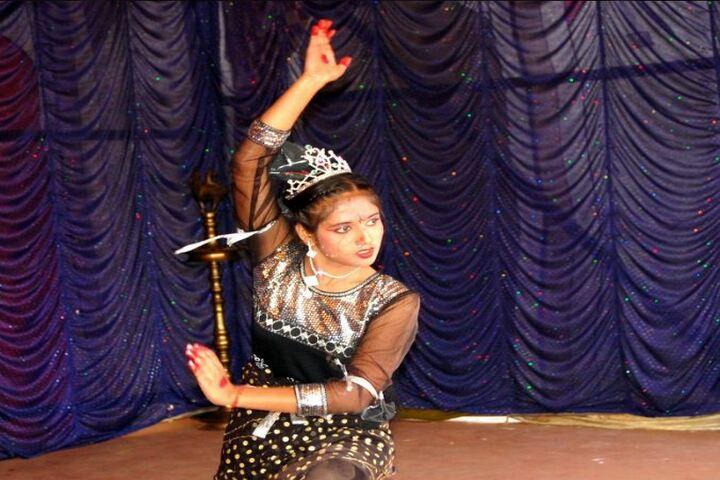 Adwaita Mission High School-Dance