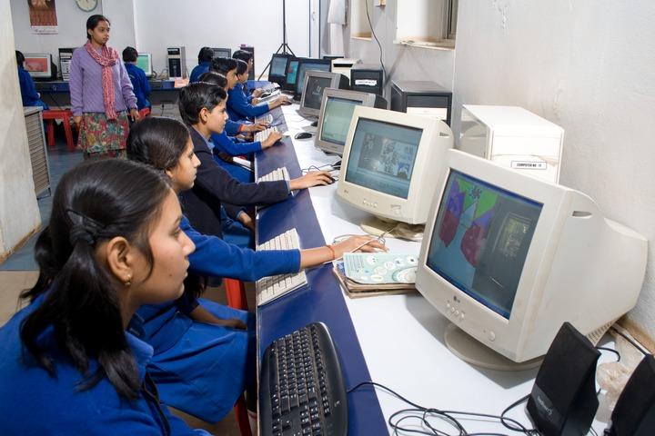 Happy Days School-Computer Lab