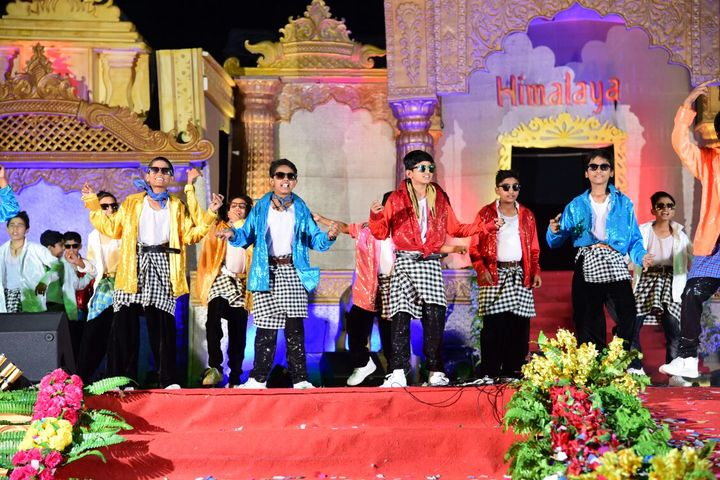 Himalaya International School-Dance