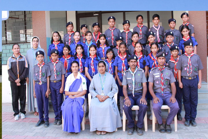 Holy Family Convent School-Students and Faculty