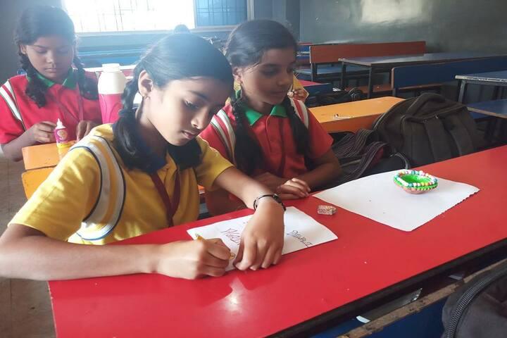 International Public School-Art And Craft