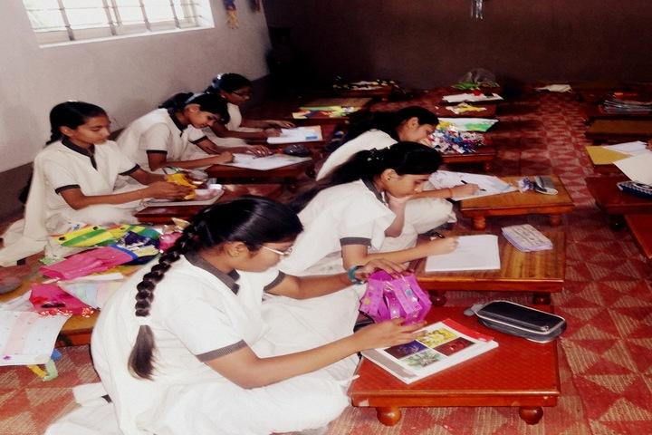 Ishaque Patel Public School-Art and Craft