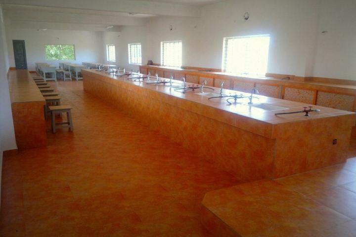 Ishaque Patel Public School-Lab