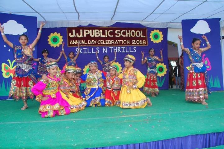 J J Public School-Dance