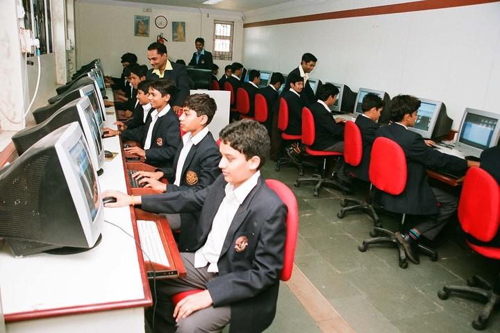 Jindatta Institute Of Education-Computer Lab