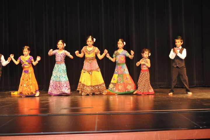 Jindatta Institute Of Education-Dance