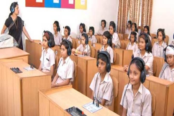 Jindatta Institute Of Education-Language Lab