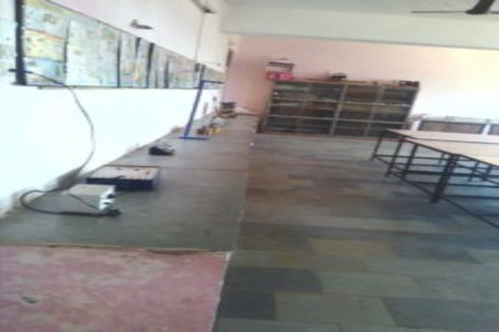 Kanwartara Public Higher Secondary School-Physics Lab