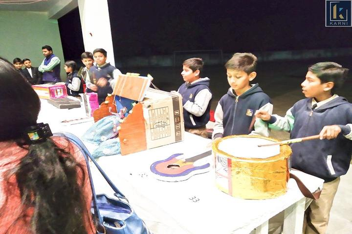 Karni International School-Middle Class Science Fare