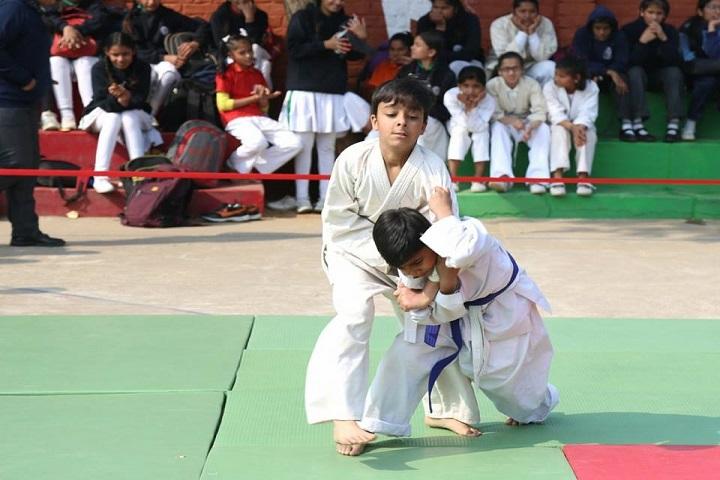 Little Angles High School - Karatea