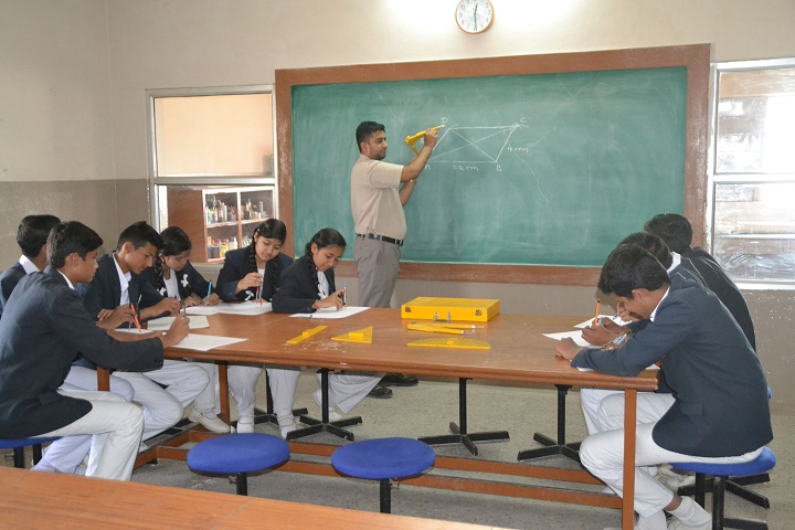 Little Angles Higher Secondary School-Maths Lab