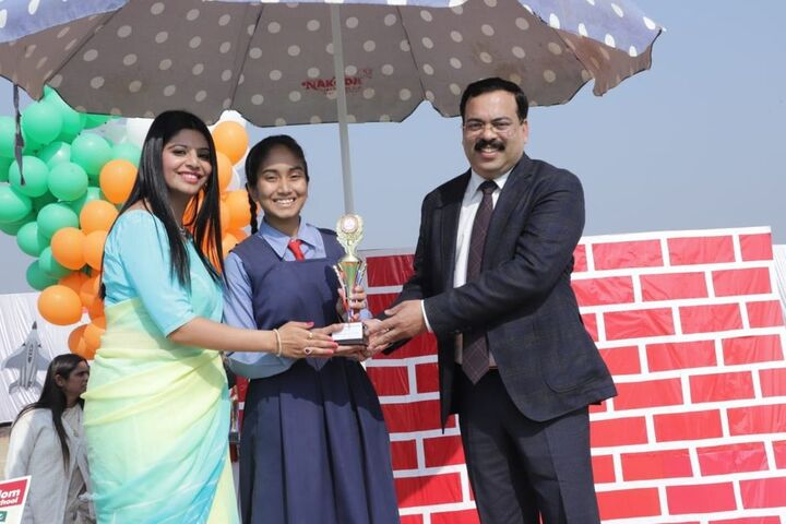 Little Kingdom Senior Secondary School-Prize Distribution
