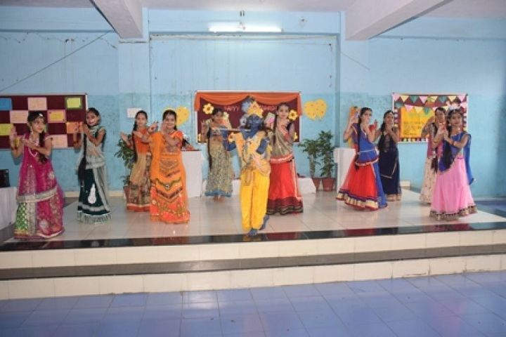 Mata Gujri Girls School-Dance