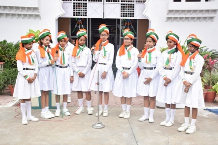 Mata Gujri Girls School-Independance Day