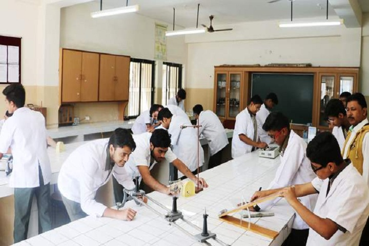 Mitthi Gobind Ram Public School-Physics Lab