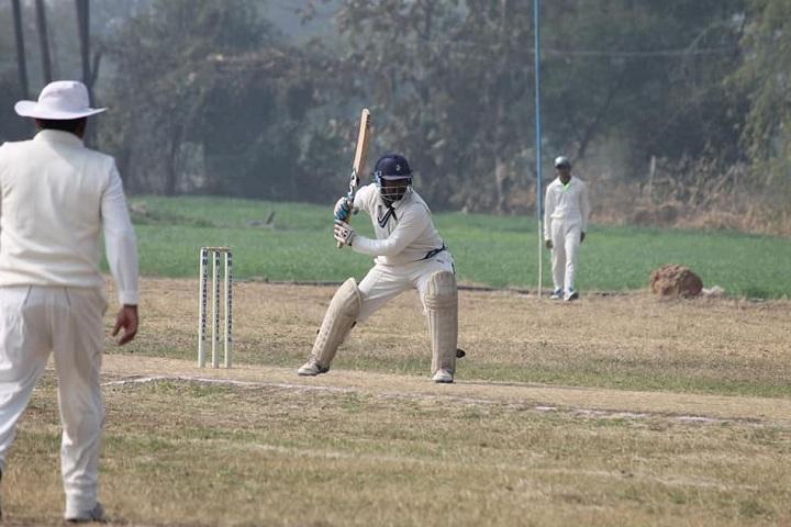 MM International School-Cricket