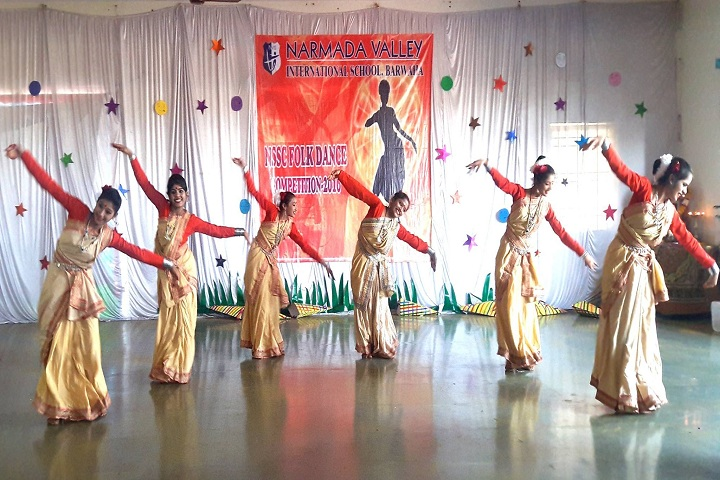 Narmada Valley International School-Dance