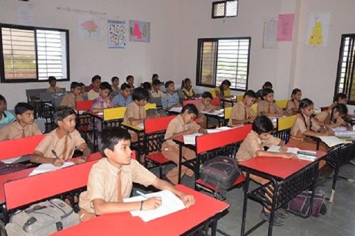 Navin Vaishnav Vidhyamandir-Classroom