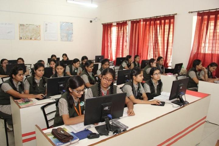 Navnidh Hassomal Lakhani Public School-Computer Lab