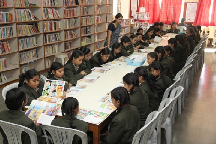 Navnidh Hassomal Lakhani Public School-Library
