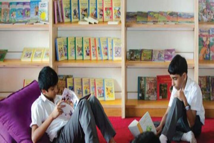 Om International School-Library
