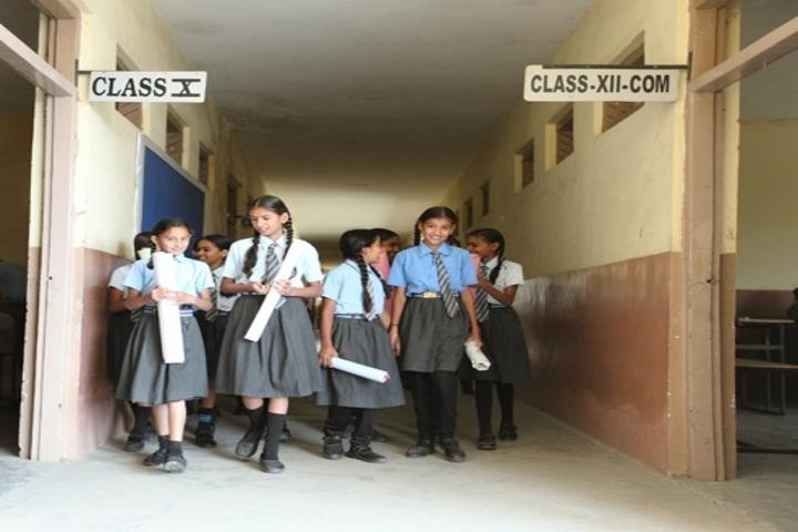 Om International School-Corridor