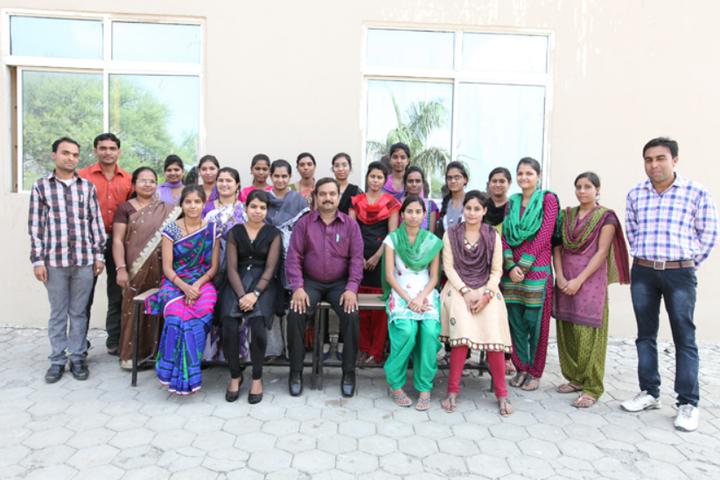 Om International School-Staff Photo