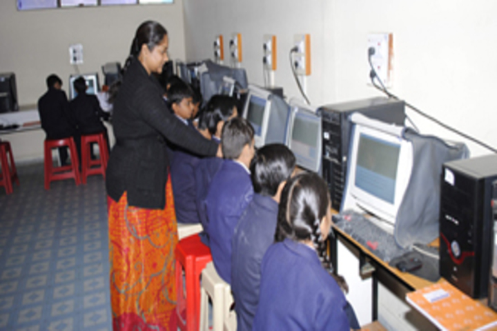 Oxford Junior College-Computer Lab