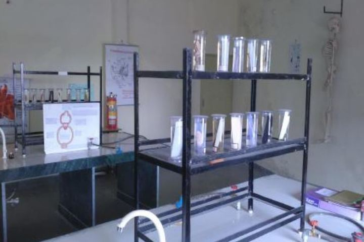 Pandit Ramlal Sharma English Medium School-Biology Lab