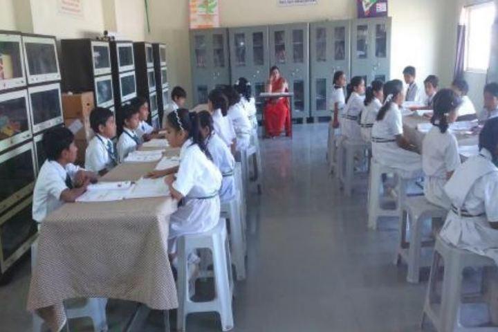 Pandit Ramlal Sharma English Medium School-Library
