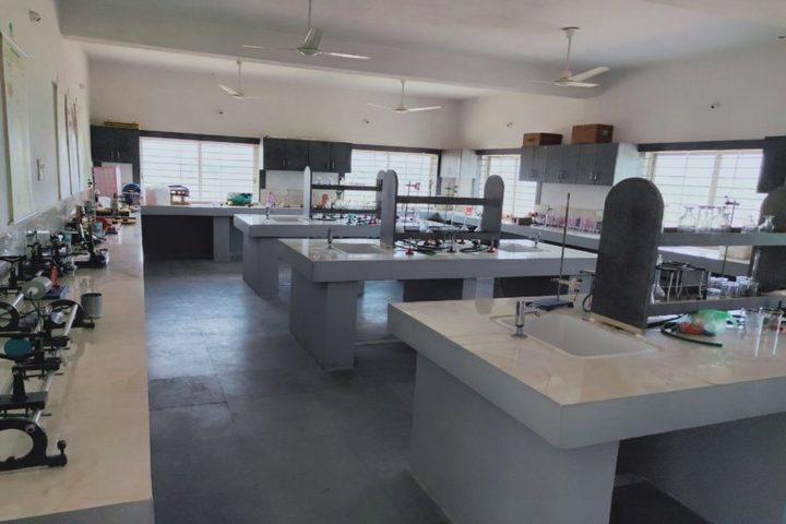 Paras Public School-Lab