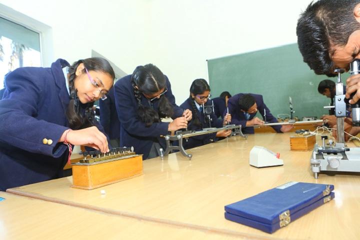 Paras Vidya Vihar-Physics Lab