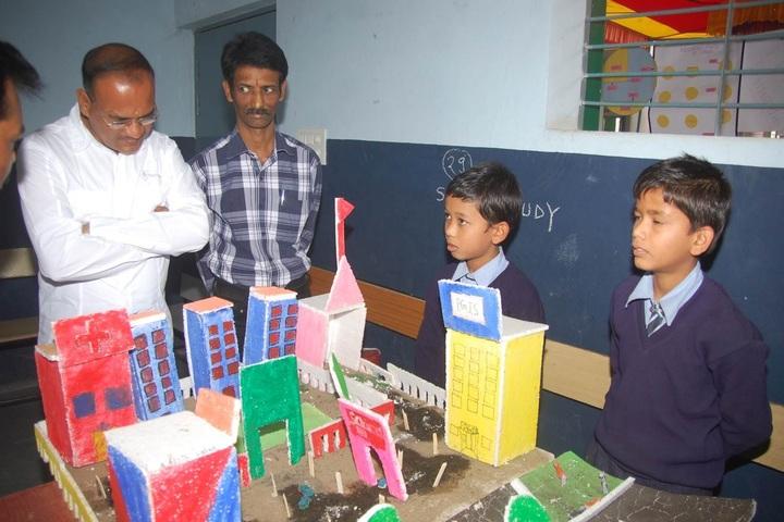 Patra Gurukul International School-Exhibition