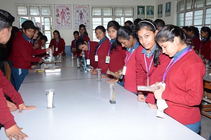Bal Bharti Vidyalaya-Laboratory