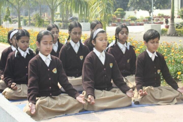 Pratibhasthali Gyanoday Vidiyapeeth-Yoga