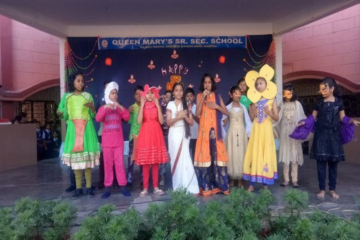 Queen Marys Senior Secondary School-Fancy Dress
