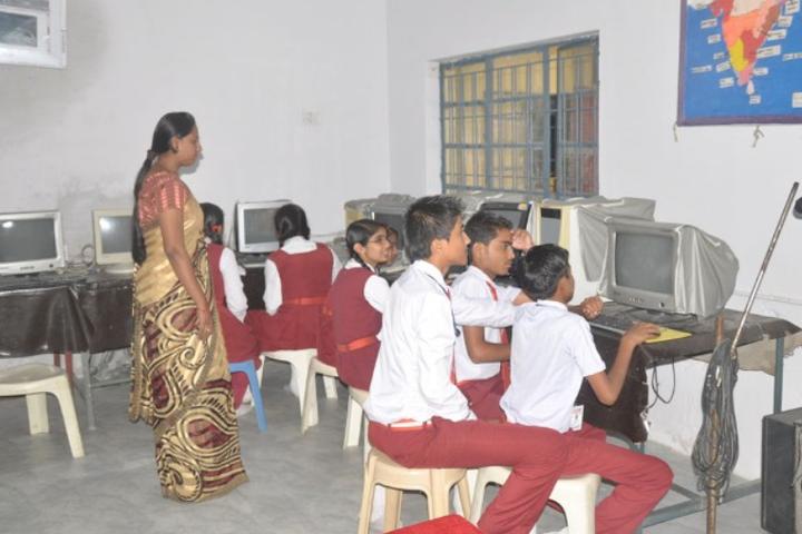 RC English Medium Higher Secondary School-Computer-Lab