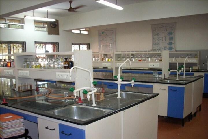 Raghuwansh Public School-Chemistry Lab