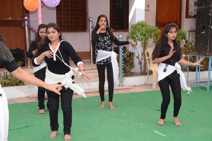 Raj Hans School Rewa-Farewell