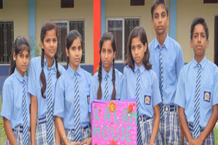Rajiv Gandhi International Public School-Students